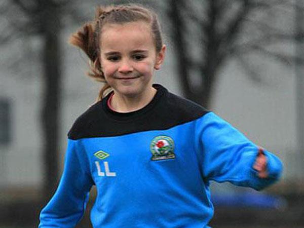Blackburn Rovers fichó a una niña de 8 años
