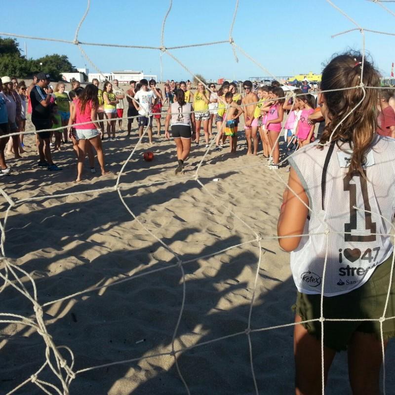 Fútbol femenino y playa de la mano en la Copa47