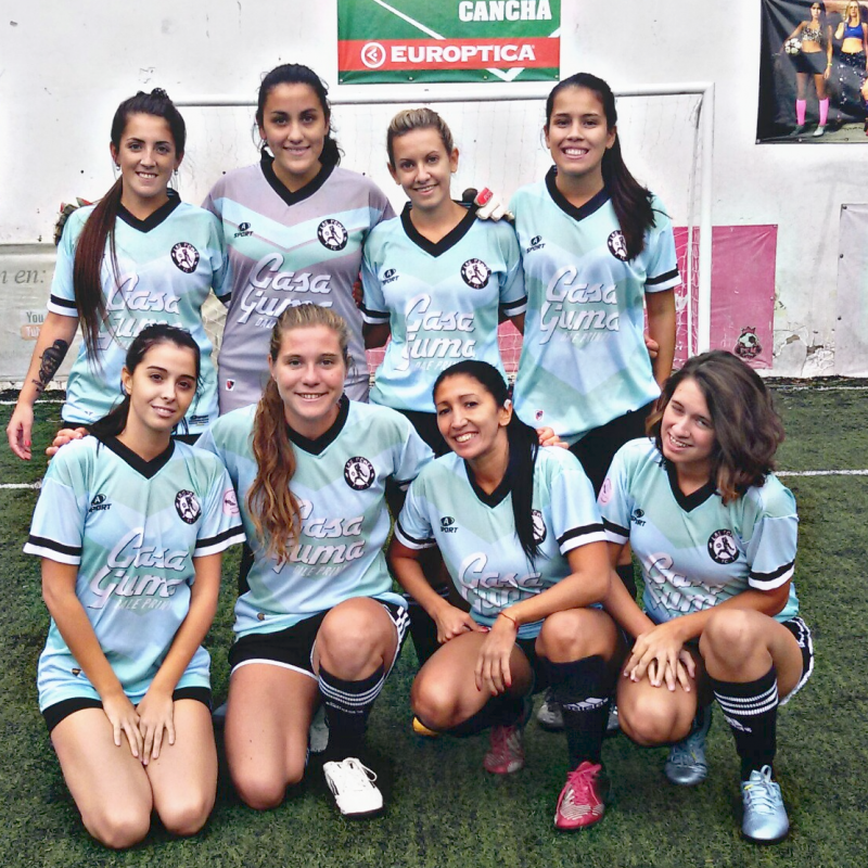 """""""La amistad nació por amor al fútbol"""""""