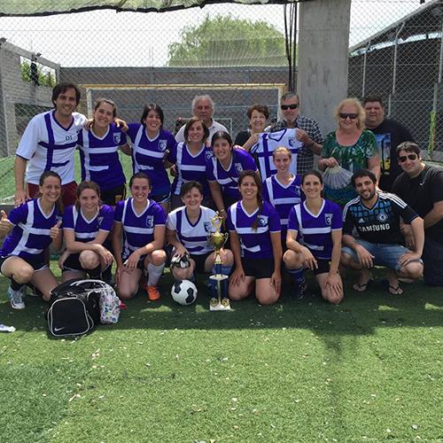Fulbito FC: Un desafío convertido en equipo de fútbol femenino