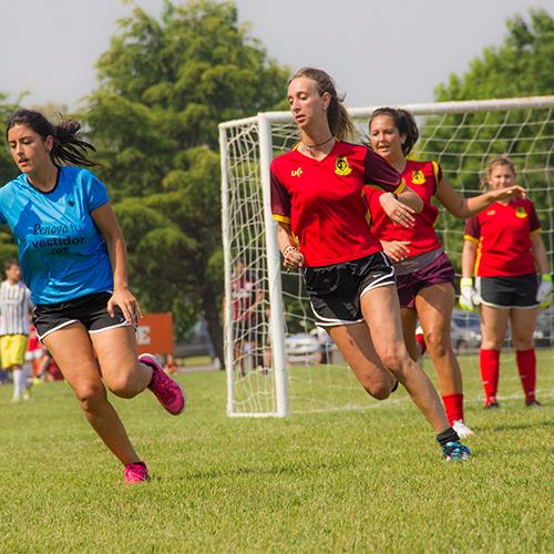 Torneo de fútbol femenino amateur: La Cantera