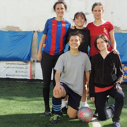 Futbol Femenino con Leonetas