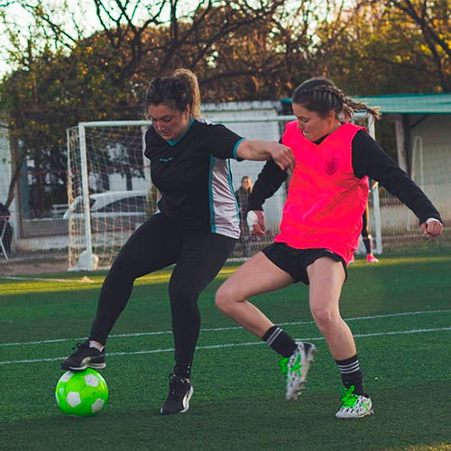 Fútbol Femenino: Della Testa