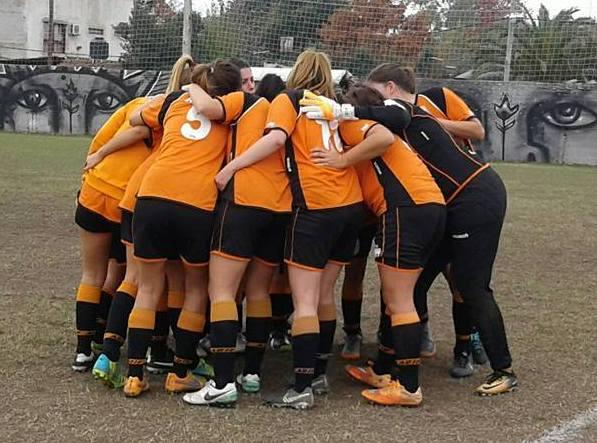 El fútbol femenino crece en la Liga Amateur Platense