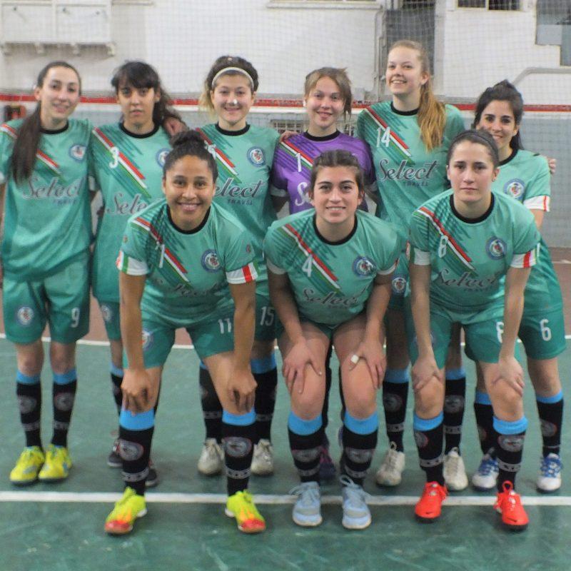 San Esteban: El equipo que llegó para quedarse en el fútbol femenino de Bariloche