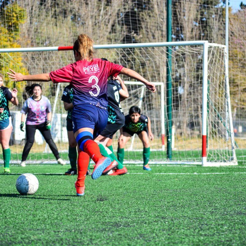 """Tomás Hughes: """"Es notorio el aumento de mujeres que se animan a comenzar un deporte que antes era hegemónico"""""""